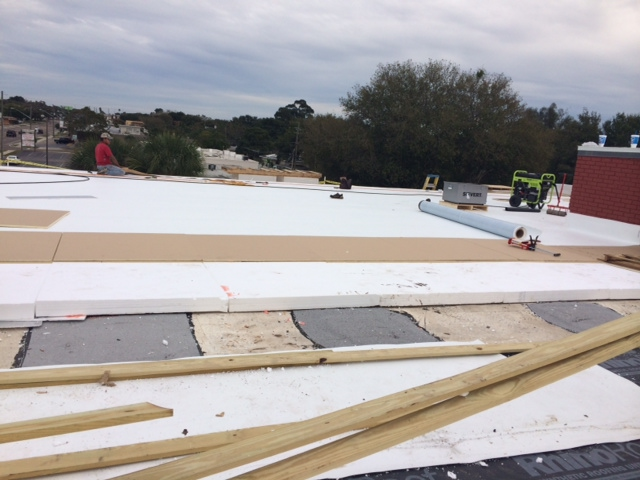 Commercial roofing contractors in Florida