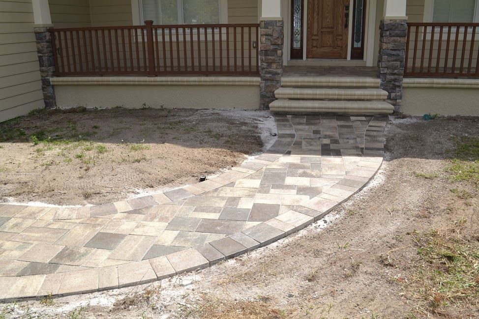 Installing concrete pavers in Tampa, FL